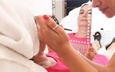 Trattamento labbra rigenerante & rimpolpante da fare a casa